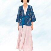 Just a little bit more of summer 🌞 ! Juste encore un petit peu d'été ... #catherineandre #knitwear #summercollection